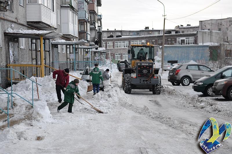 Мурманские управляющие компании штрафуют за плохую уборку снега