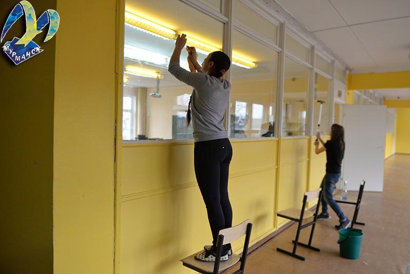 В Мурманске работают молодежные трудовые бригады